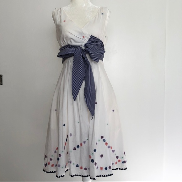 e9bc77747 Anthropologie Dresses & Skirts - Anthropologie Maeve White Dress with  Embroidery
